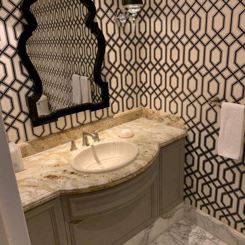 Bellagio guest bathroom